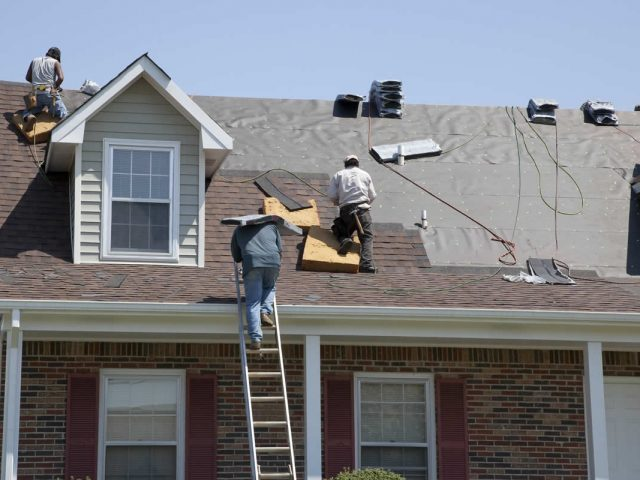 Get a Roof Inspection in Michigan