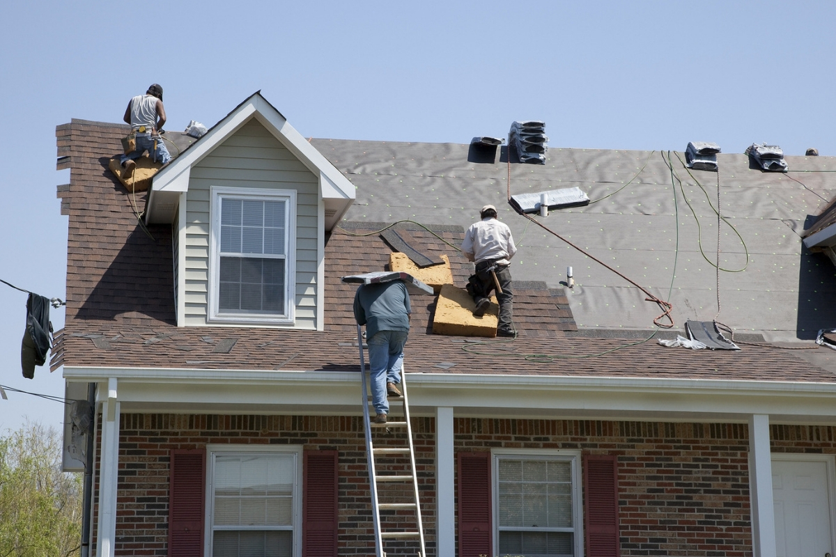 Roofer in Royal Oak MI