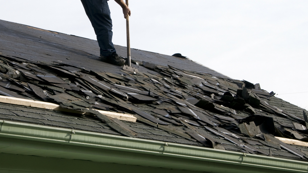 Common Questions to Ask When Getting a New Roof in Royal Oak Michigan