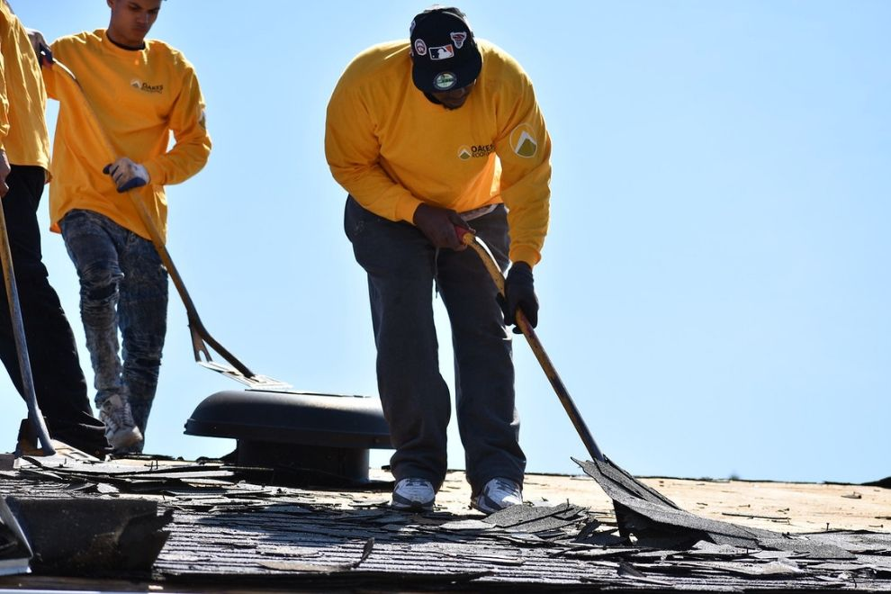 Why It Is Crucial To Replace An Aging Roof in Royal Oak Michigan
