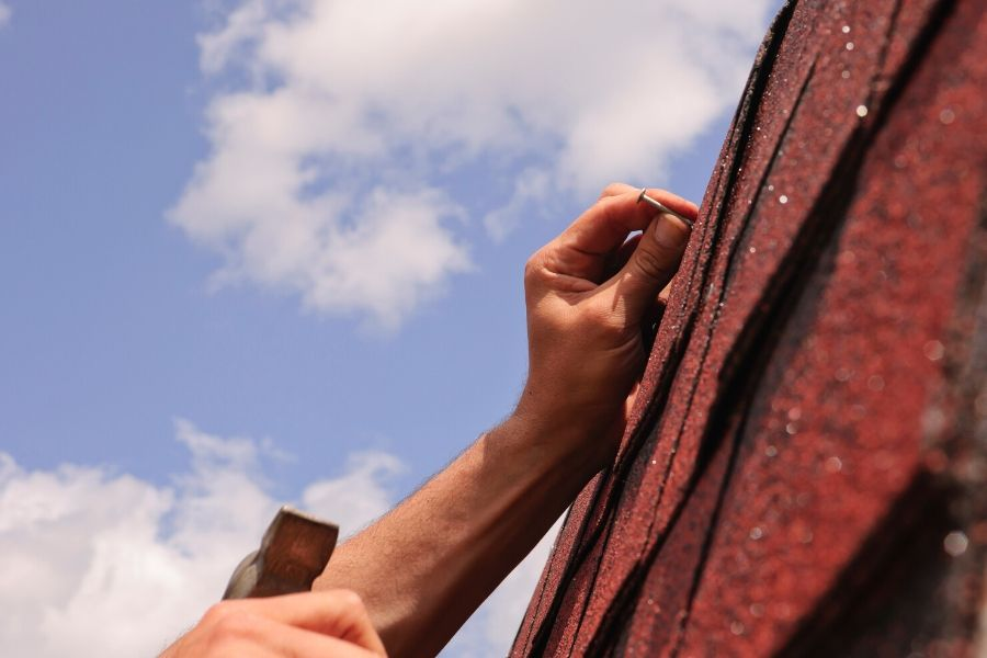 Delaying Roof Repairs in Royal Oak Michigan Can Mean Even More Damage to your Home