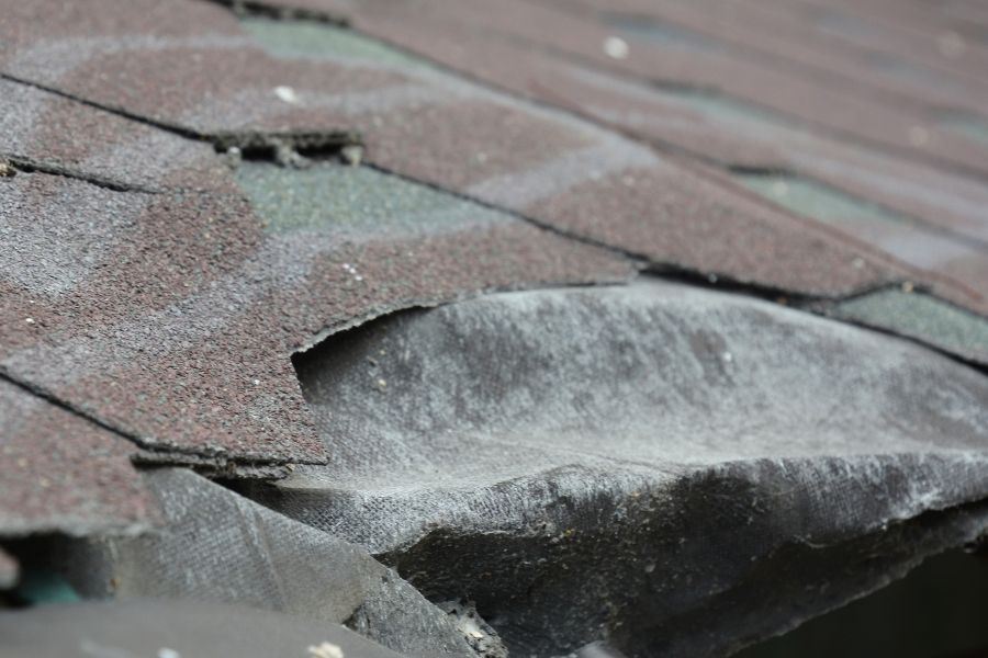 Problems That Require Roofing Repair in Royal Oak Michigan
